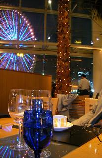 横浜ベイホテル東急 カフェトスカの内装(ディナー)