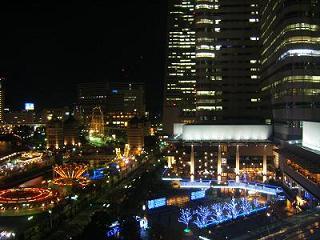 横浜ベイホテル東急 バルコニーからの夜景(コスモワールド)
