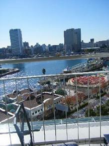 横浜ベイホテル東急のバルコニーからの眺め2
